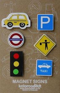 Metalen magneten met taxi Yellow Cab en verkeersborden